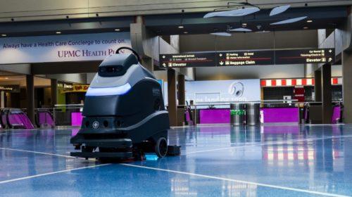 Letiště Pittsburgh využívá autonomní roboty pro UV čištění