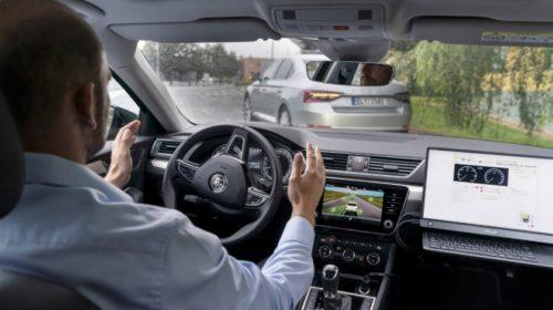 Škodovka a VŠB spolupracují na projektu pro automatickou jízdu v konvoji